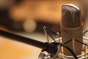 Portfolio for Professional British Voiceover