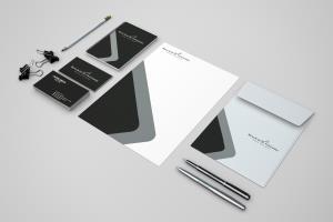 Portfolio for Creative Graphic Designer - Illustrator