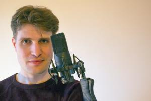 Portfolio for Male voice over in French & English